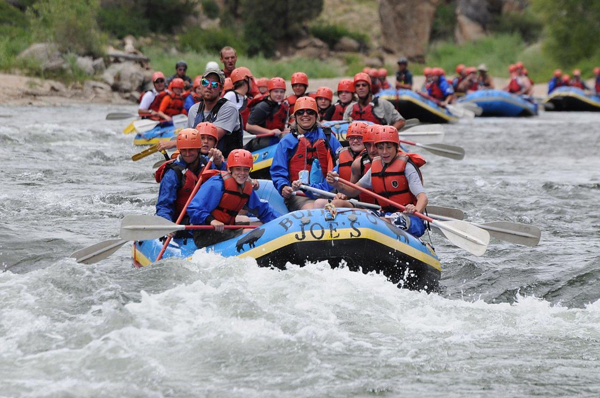 Whitewater Rafting in Colorado - Best Season 2020