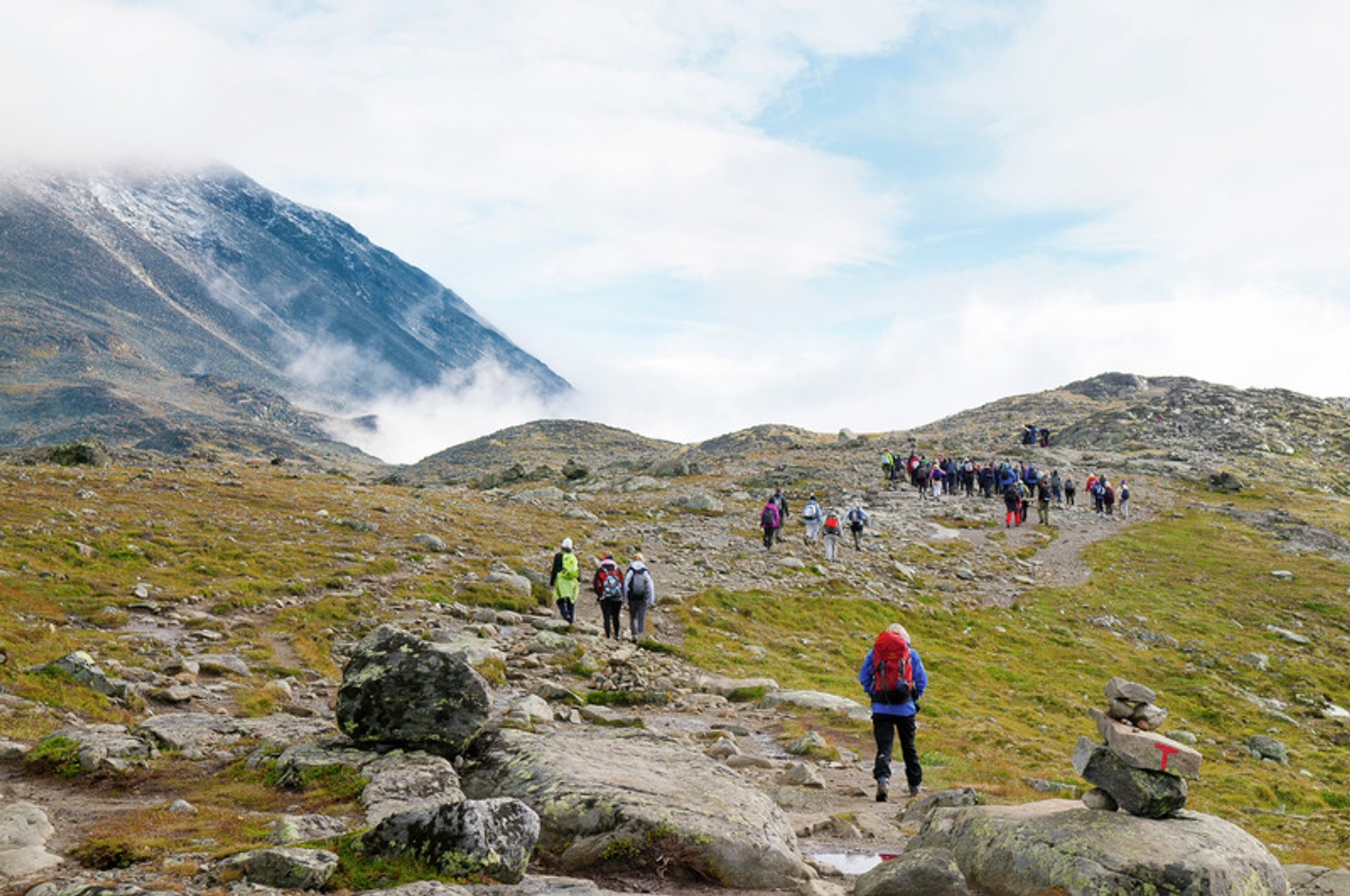 Hiking in Jotunheimen National Park in Norway - Best Season 2019