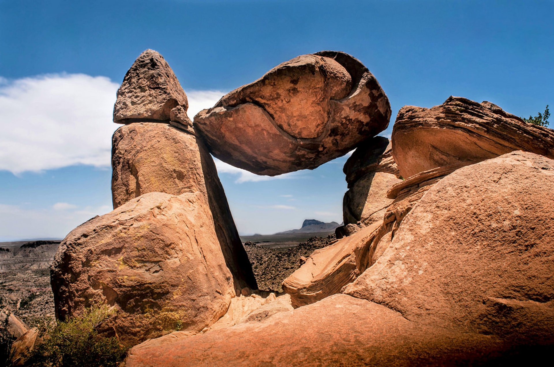 Balanced Rock. Big Bend National Park 2020