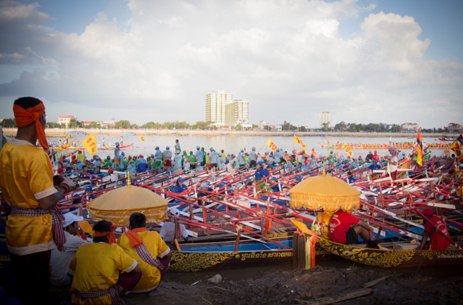 Water Festival or Bon Om Touk in Cambodia - Best Season 2020
