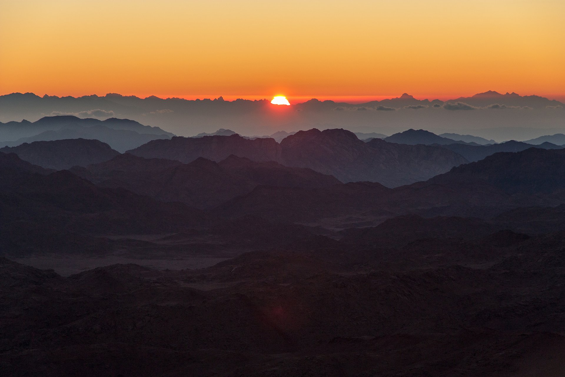 Best Time to See Sunrise or Sunset on Mount Sinai in Egypt 2019