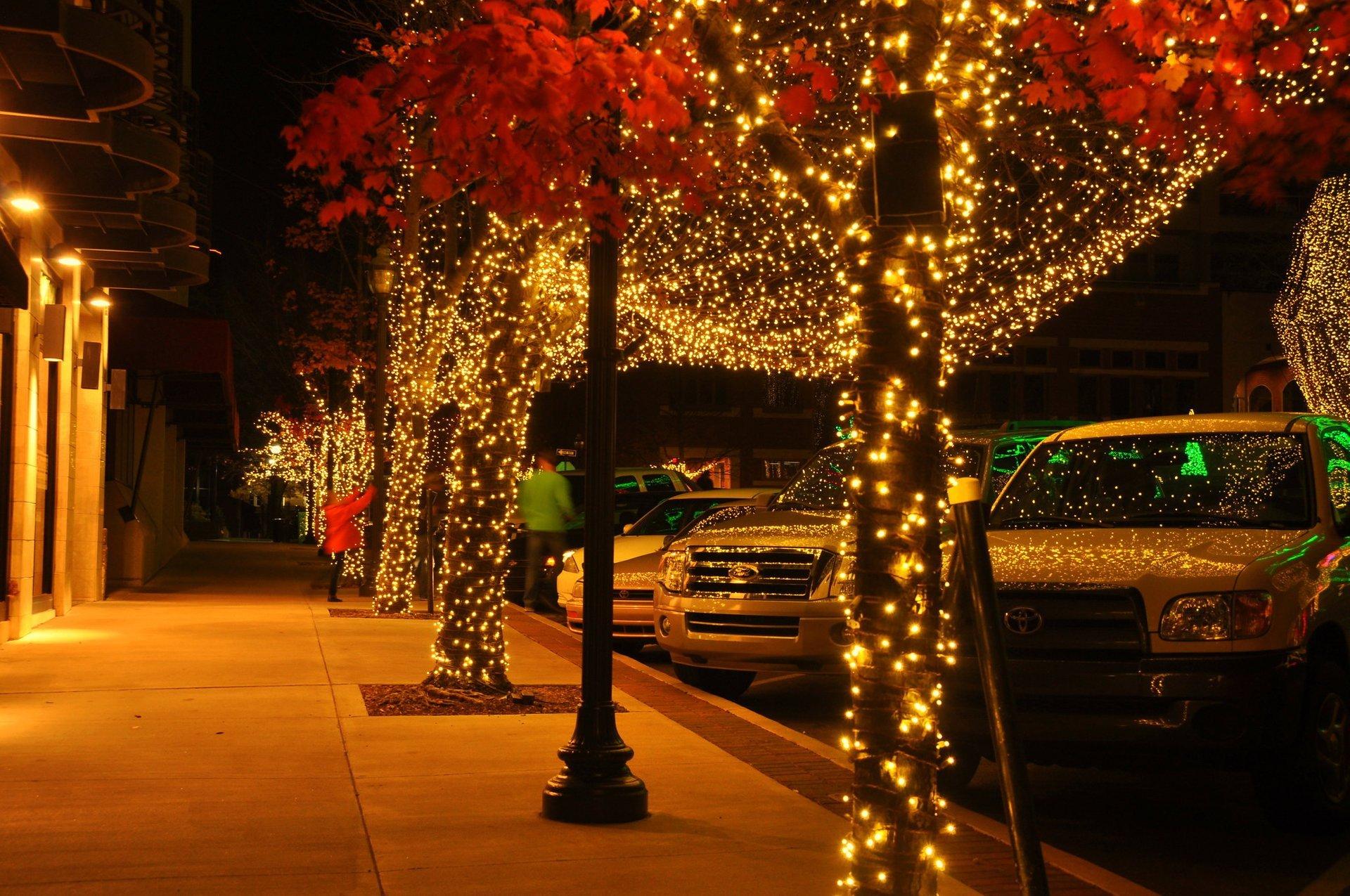 Christmas Lights in Arkansas 2020 - Best Time