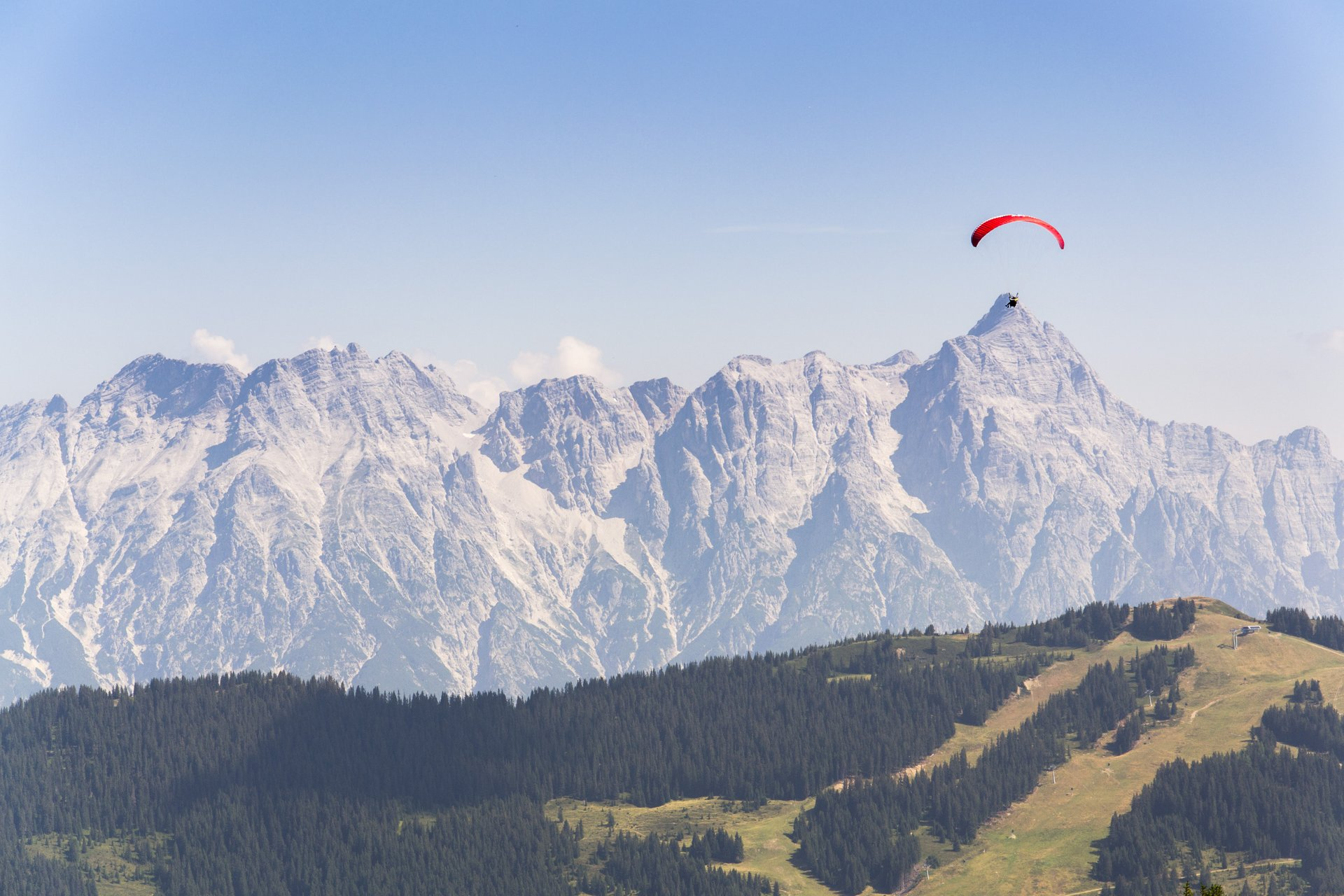 Paragliding and Hang Gliding in Austria 2020 - Best Time