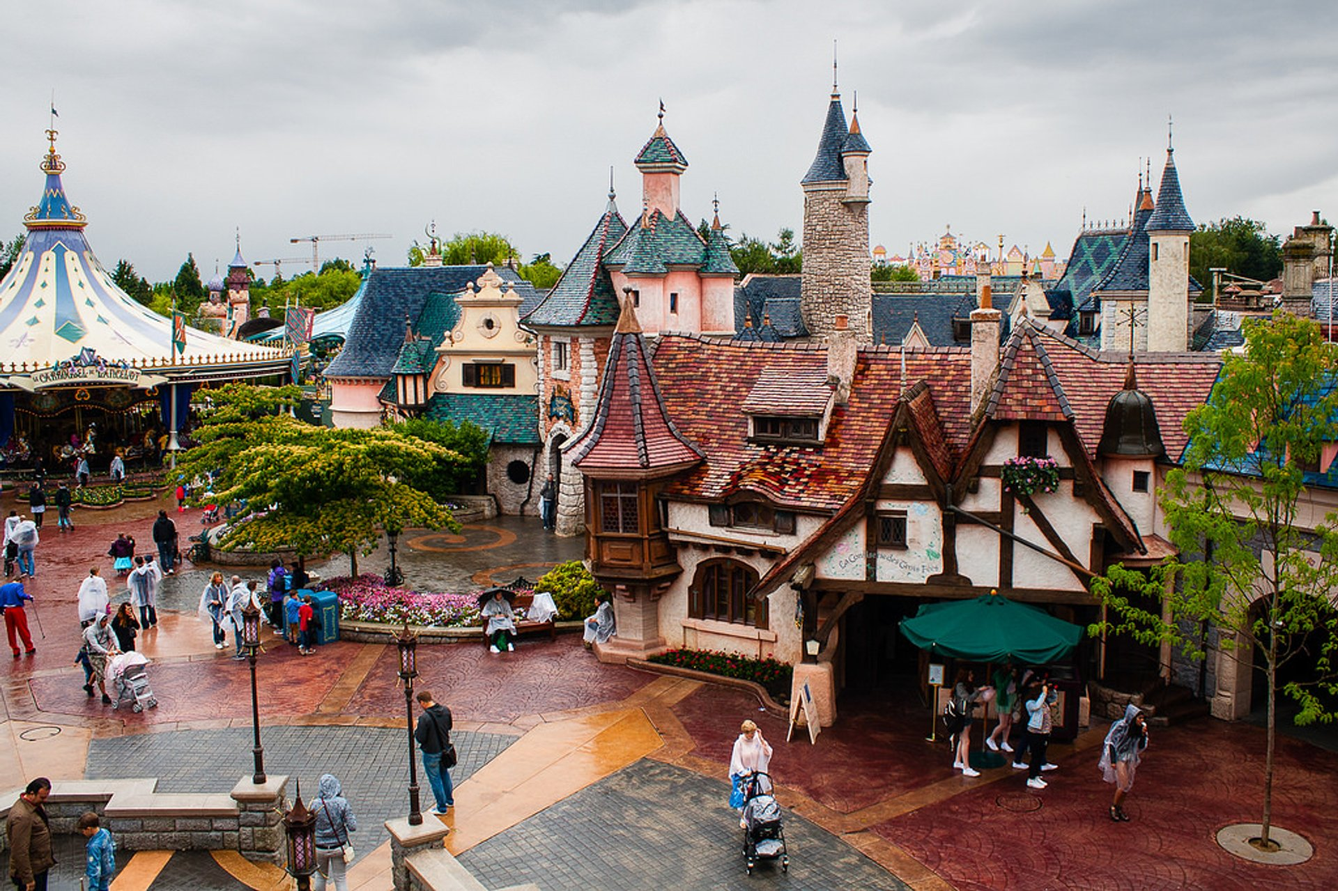 Disneyland Paris in Paris - Best Season 2020