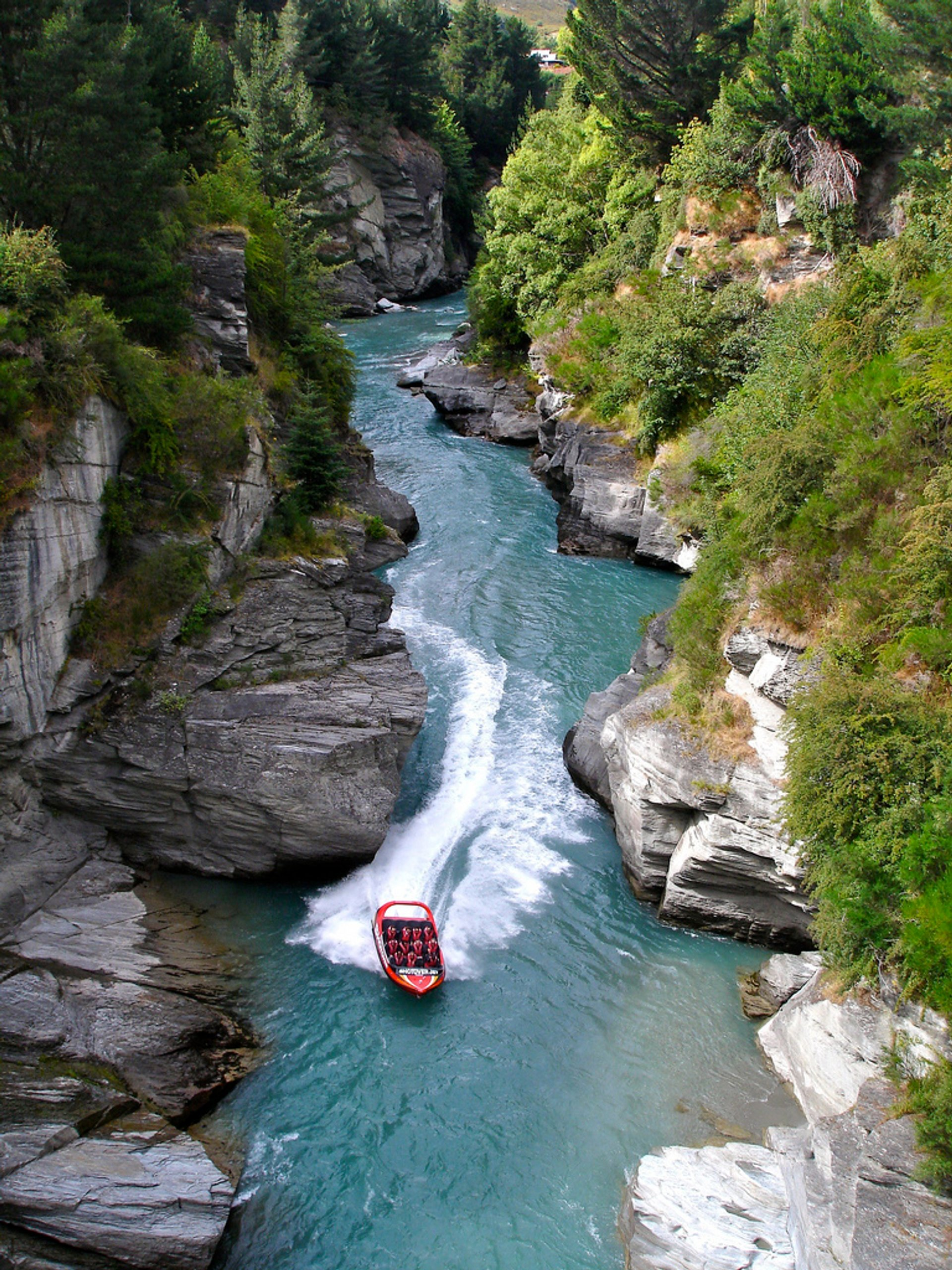 Best time for Shotover Canyon in New Zealand 2020