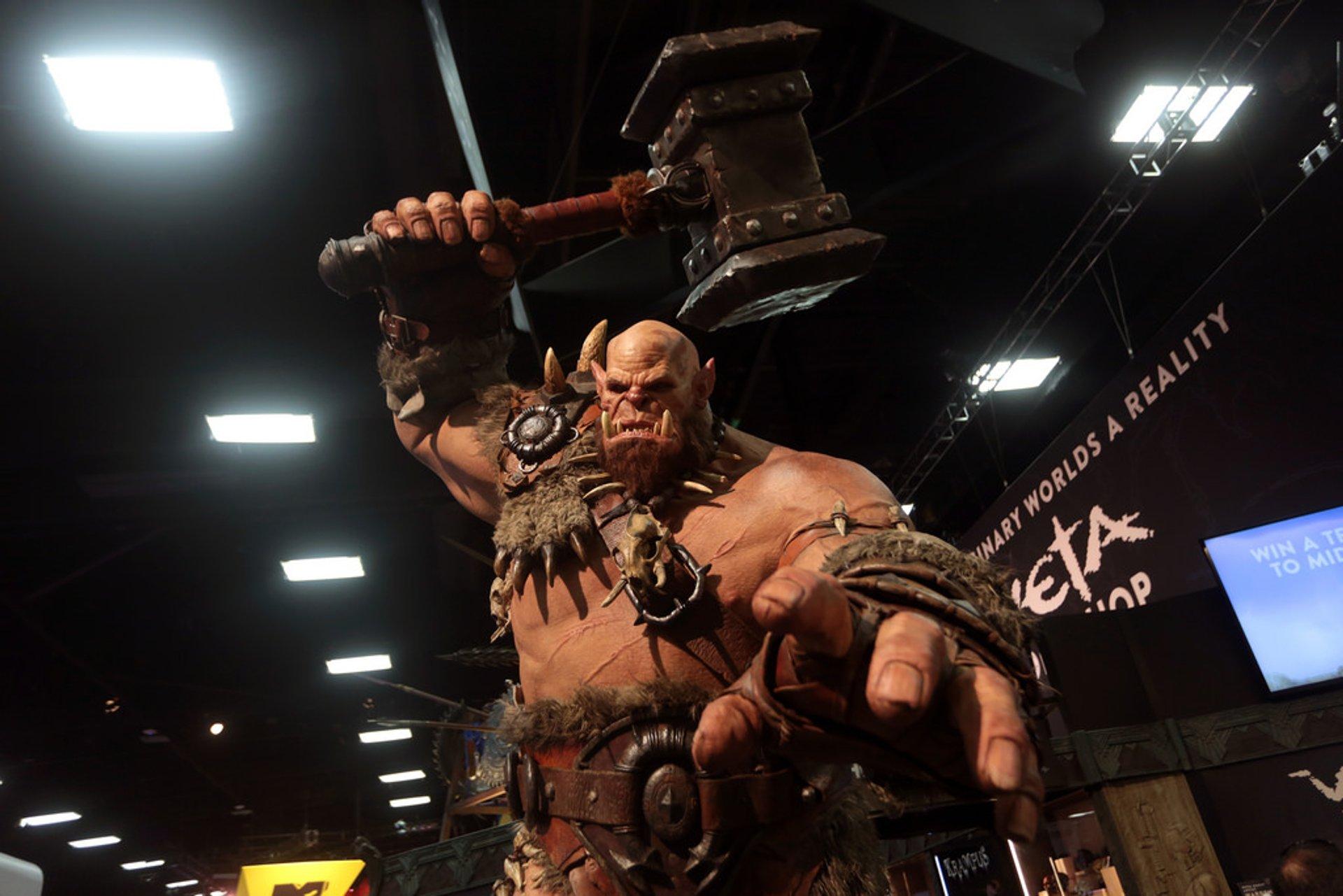 Warcraft statue 2020