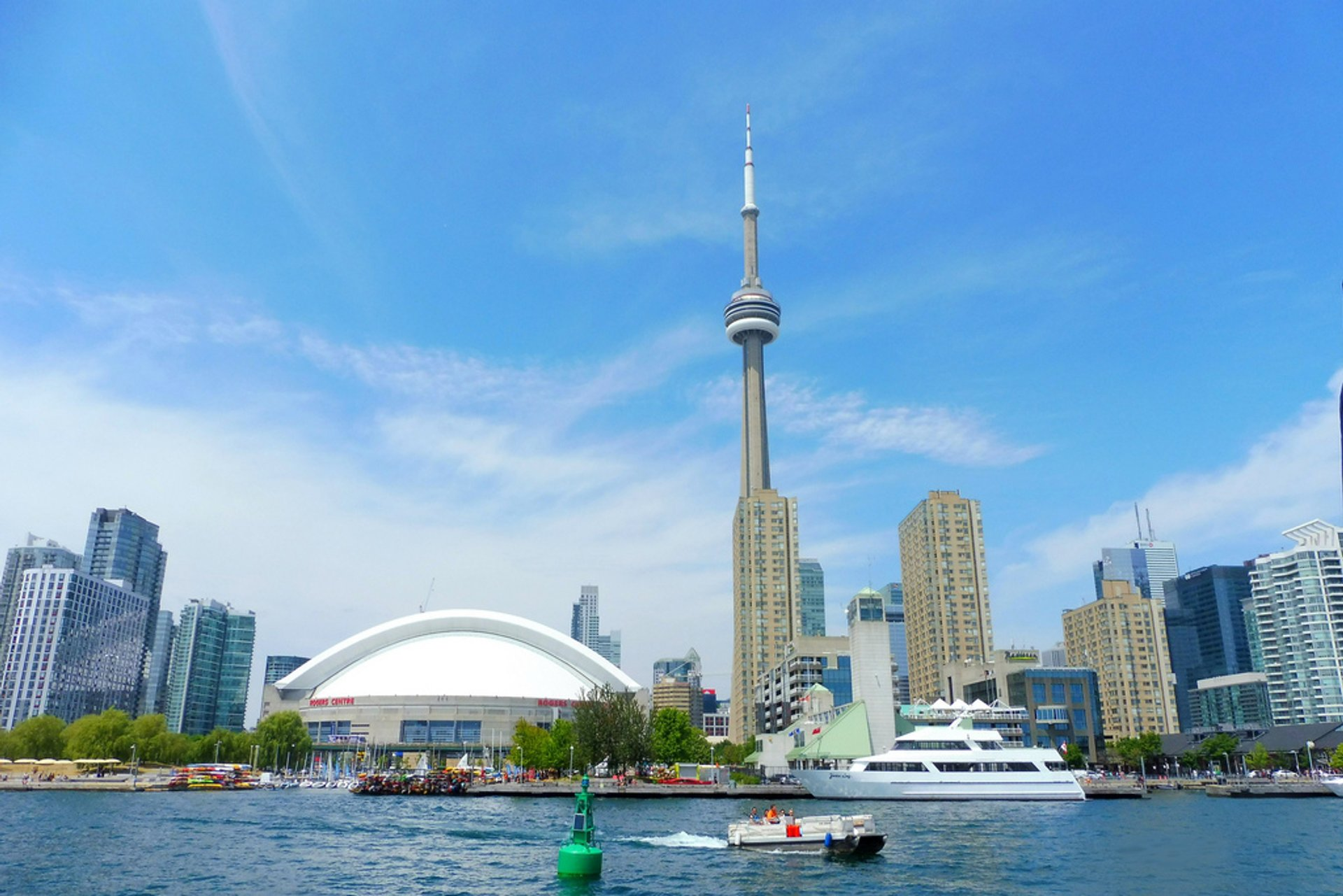 Boat Cruises in Toronto - Best Season