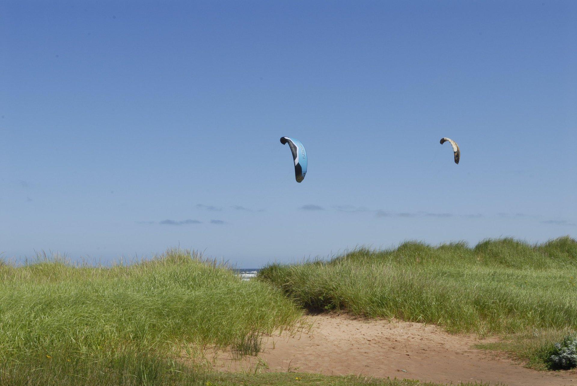 Kitesurfing & Windsurfing on Magdalen Islands in Quebec - Best Season 2020