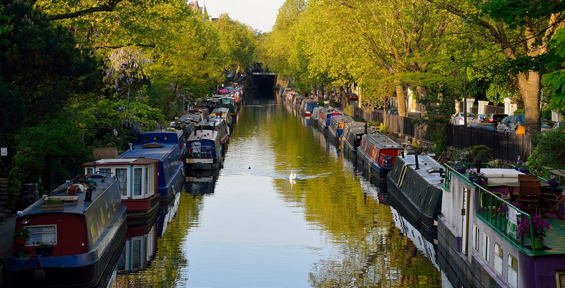 Best time to see Canalway Cavalcade in London 2020