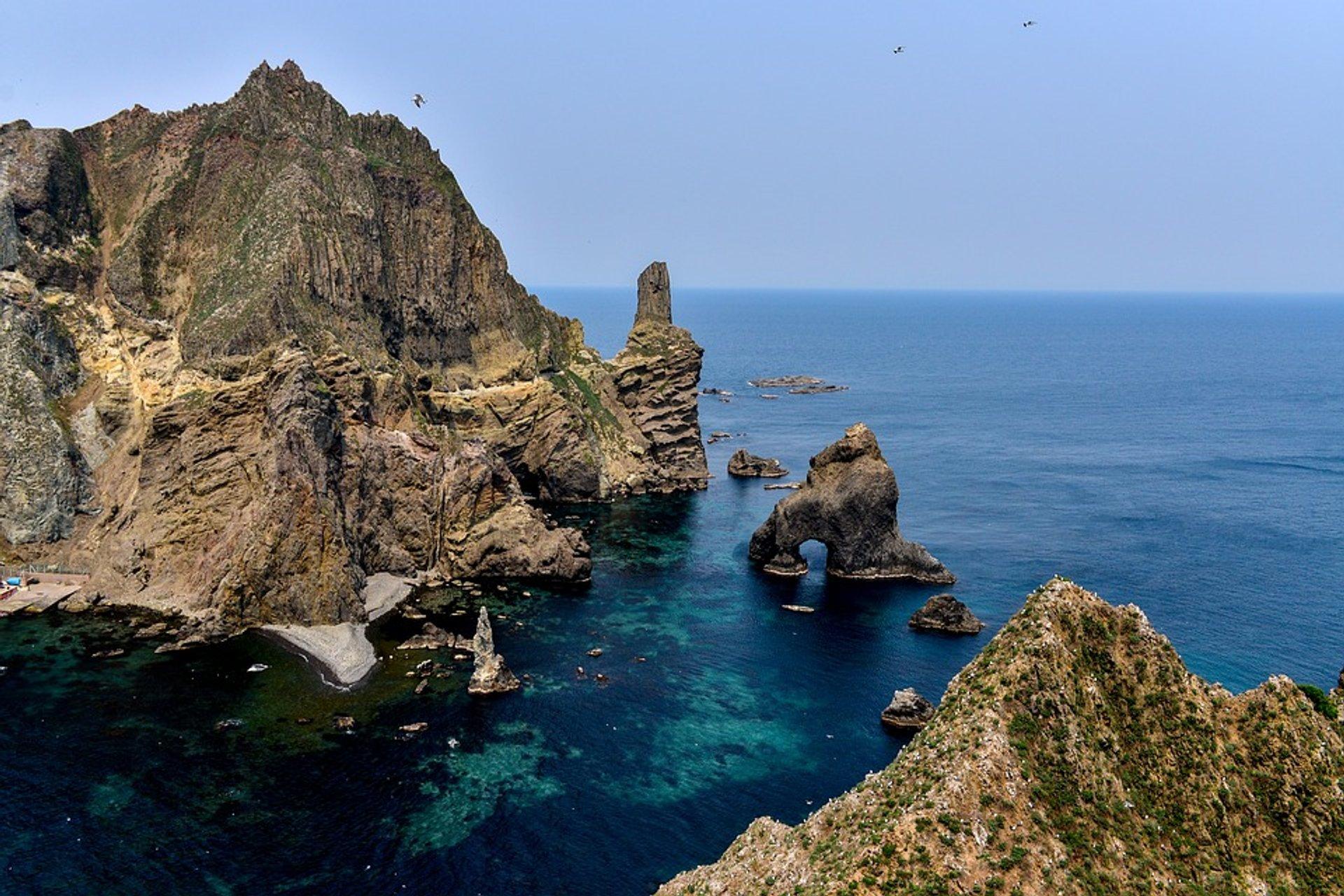 Liancourt Rocks (Dokdo) in South Korea 2020 - Best Time
