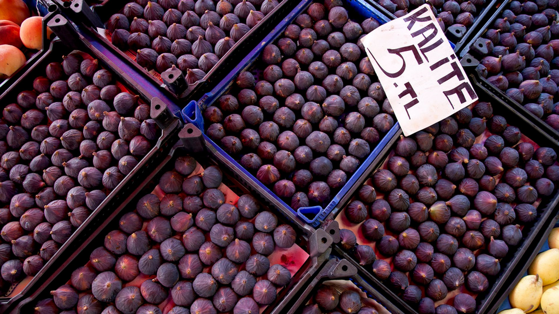 Fresh Figs in Turkey - Best Season 2020