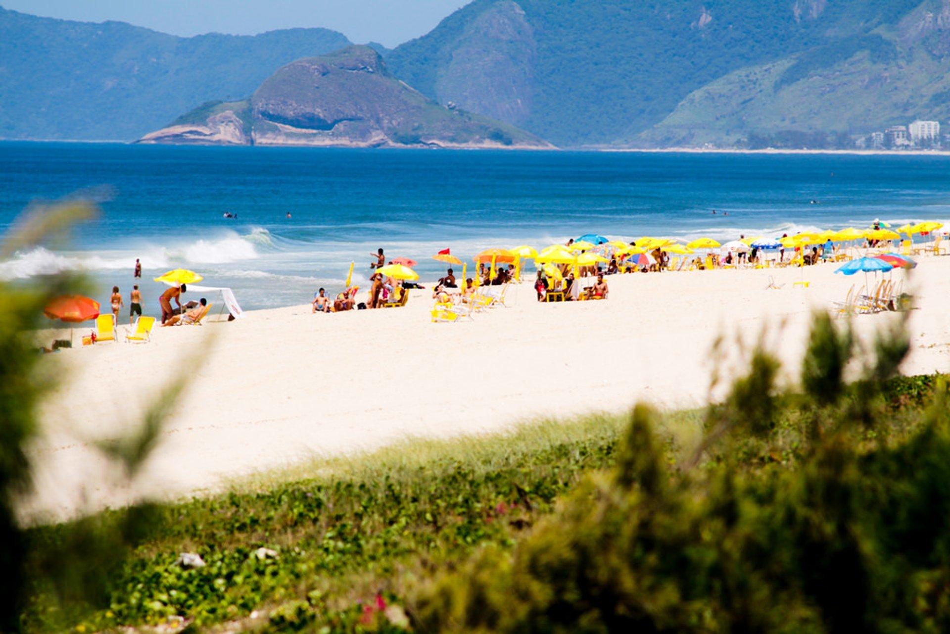 Beach Season in Rio de Janeiro 2020 - Best Time