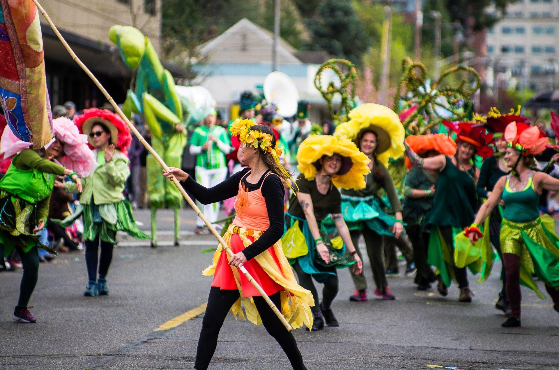 Olympia Arts Walk in Seattle 2019 - Best Time