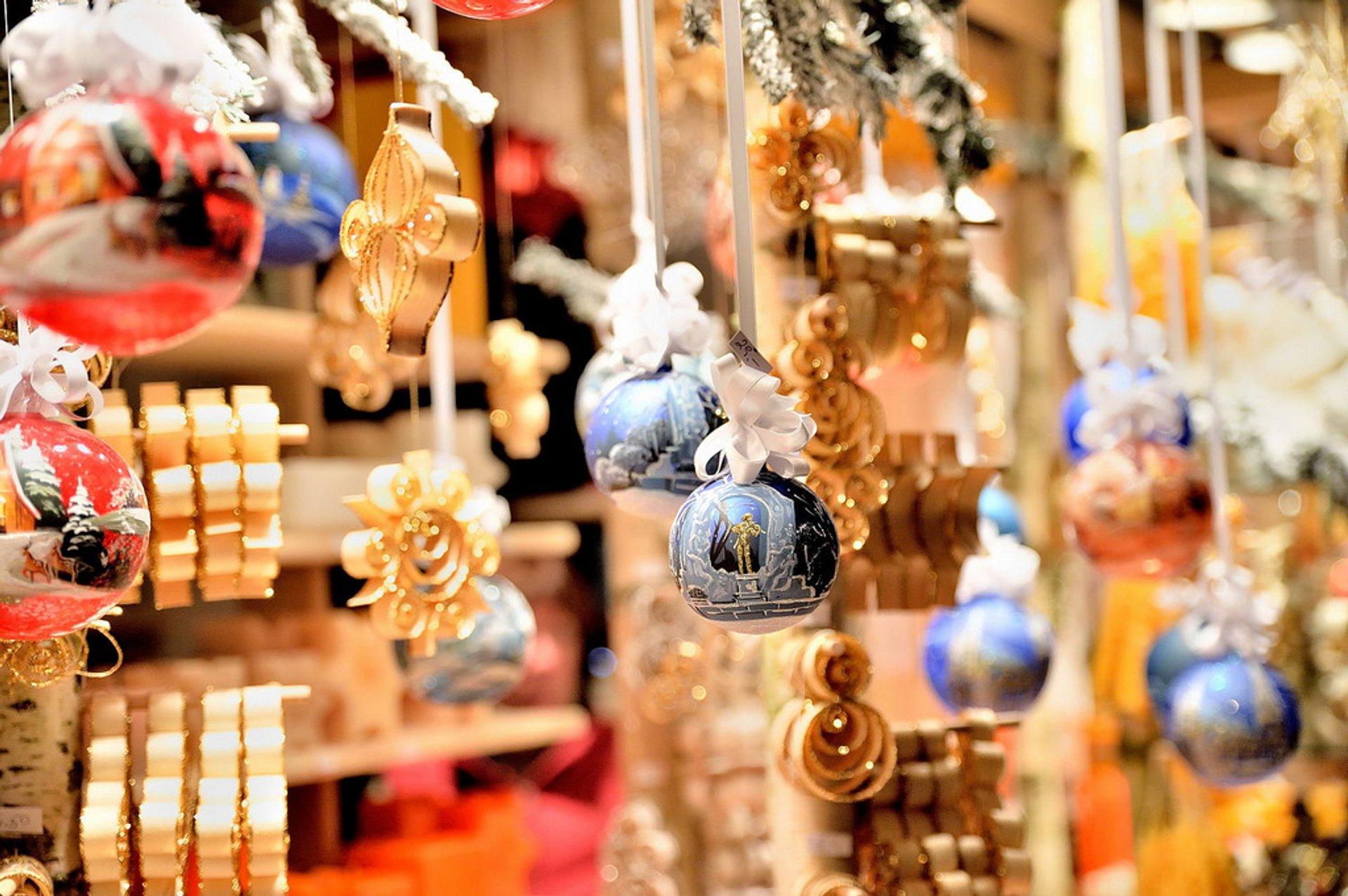 Best time to see Christmas Markets (Weihnachtsmärkte) in Vienna 2019