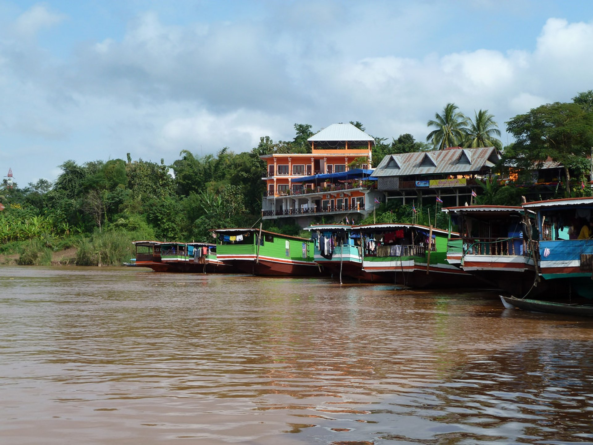 Best time to see Slow Boat on the Mekong River in Laos 2019