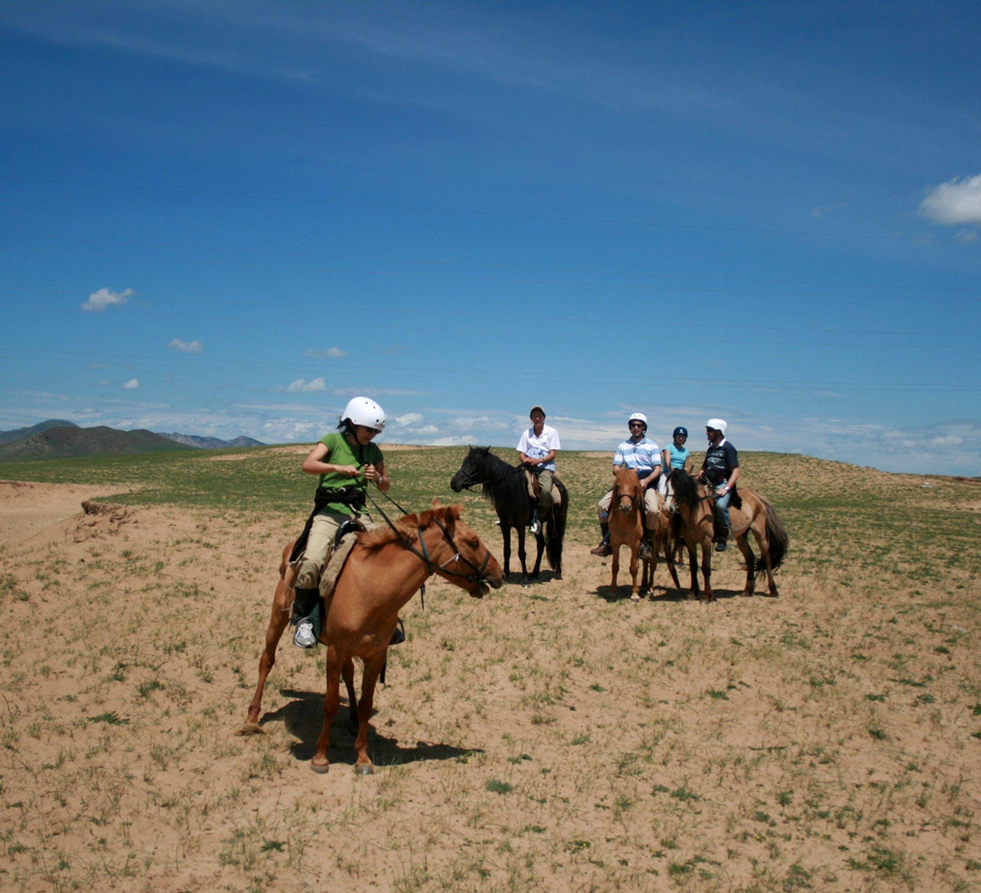 Horseback Riding in Mongolia - Best Season 2020