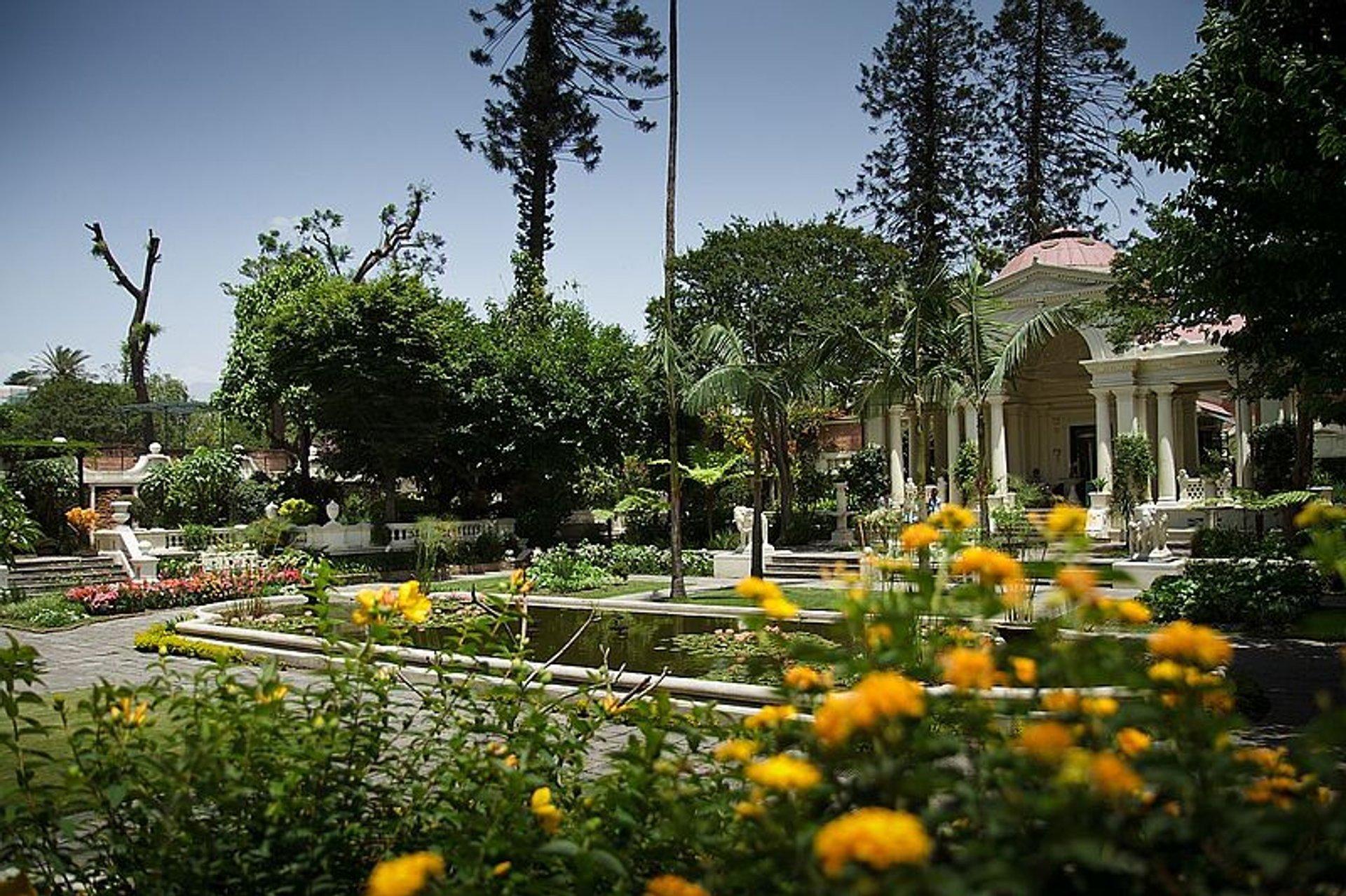 Garden of Dreams in Bloom in Kathmandu 2020 - Best Time