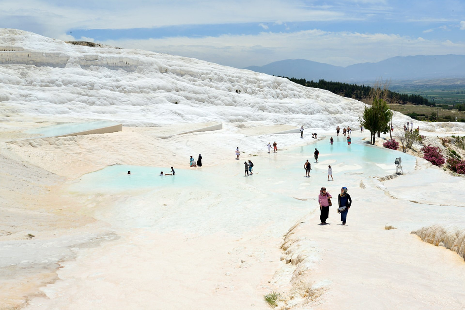 Best time to see Pamukkale (Hierapolis) Thermal Pools in Turkey 2020