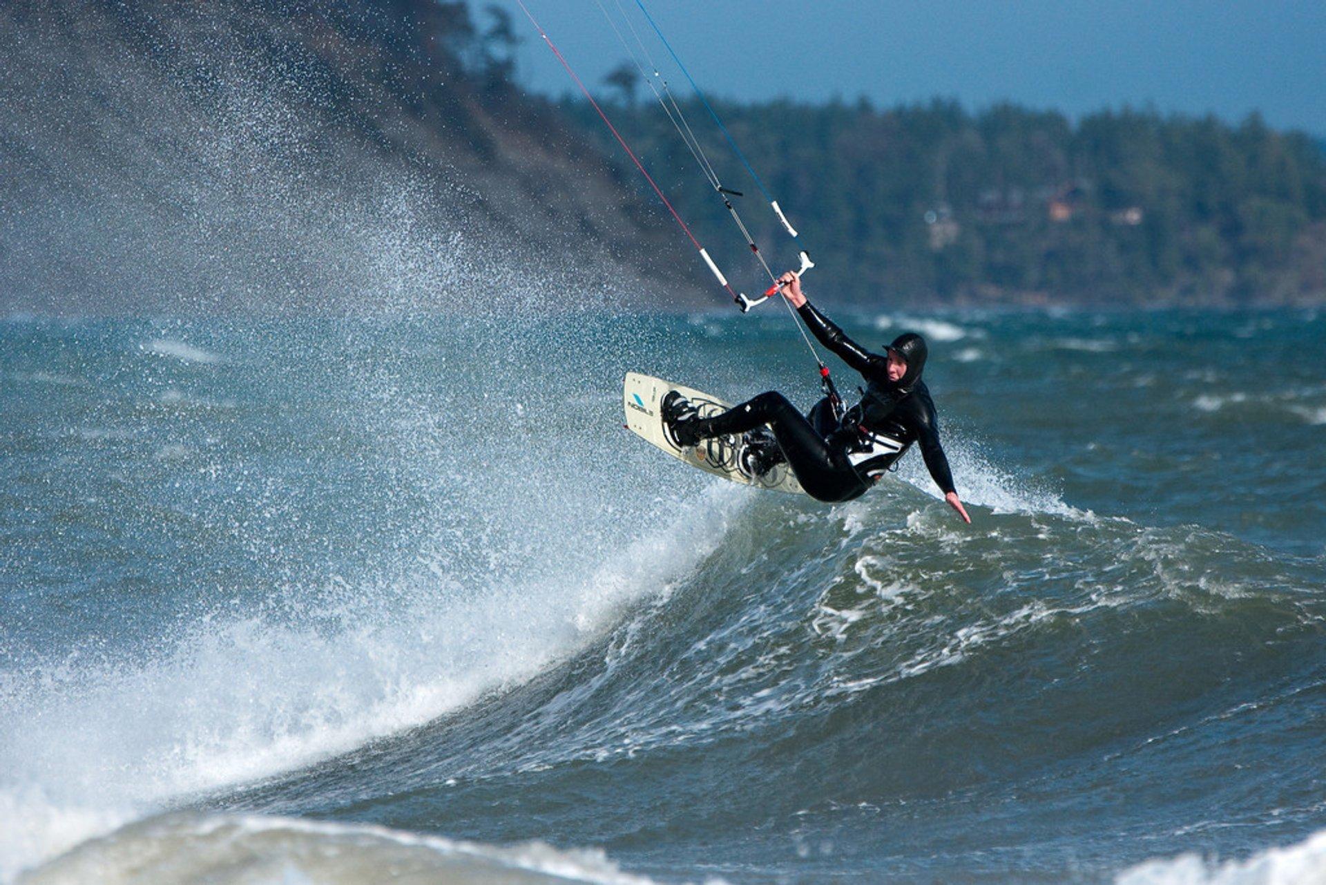 Windsurfing & Kiteboarding in Vancouver - Best Season 2019