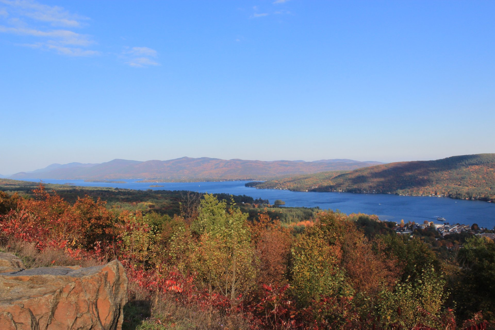 Adirondack Lakes in New York State - Best Season 2020