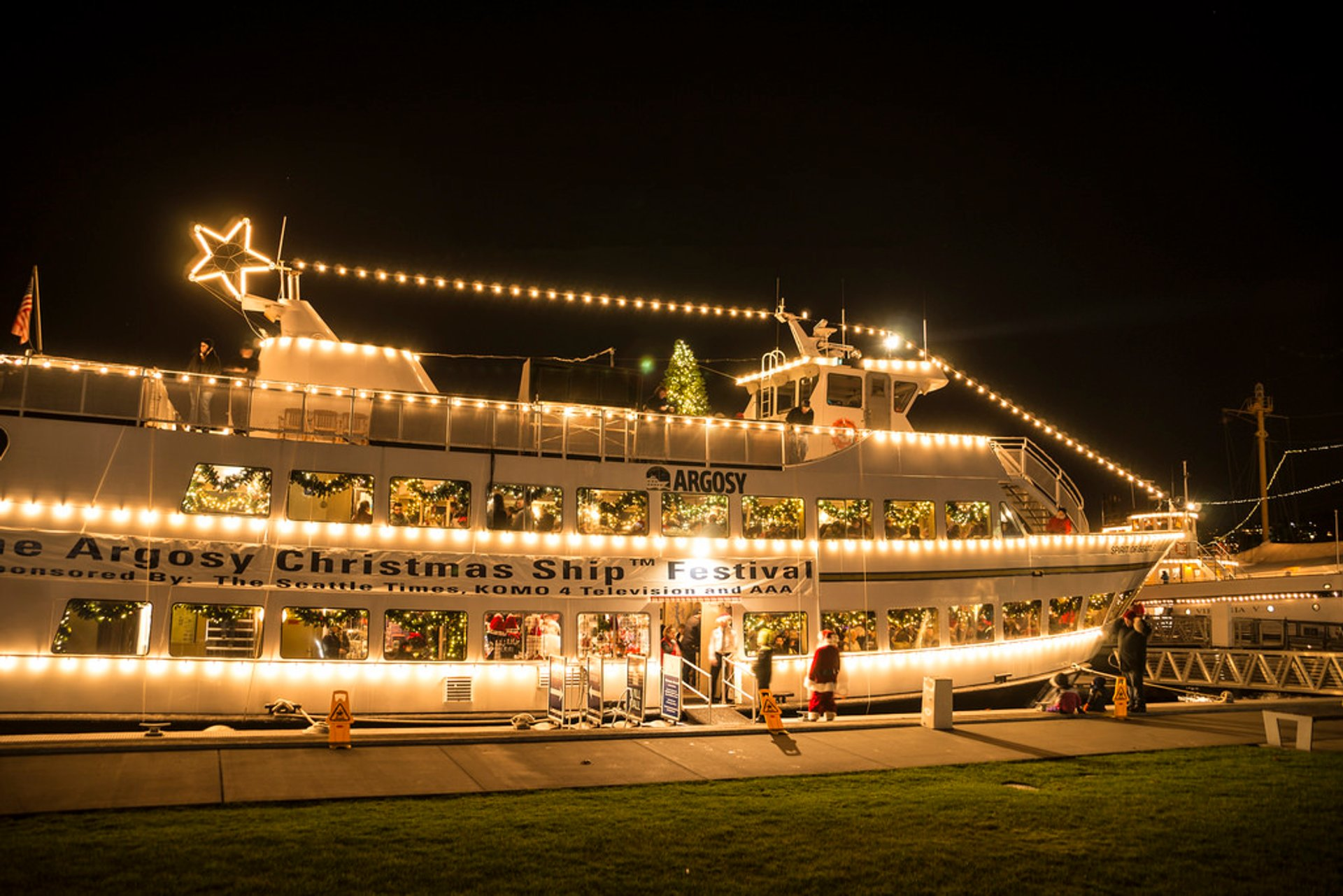 Last Day To Ship For Christmas 2019.Christmas Ship Festival 2019 In Seattle Dates Map