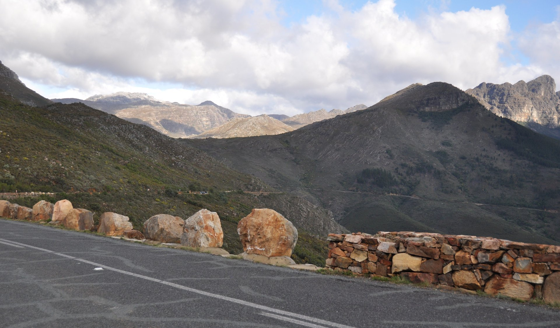 Bainskloof Pass in Cape Town - Best Season 2020