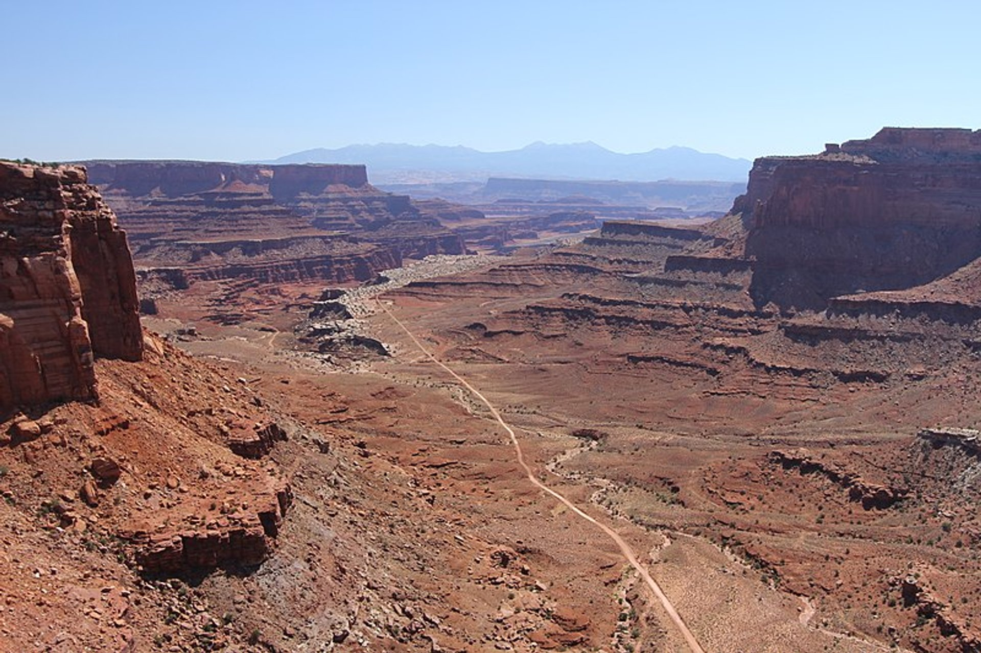 Best time to see Shafer Trail in Utah 2020