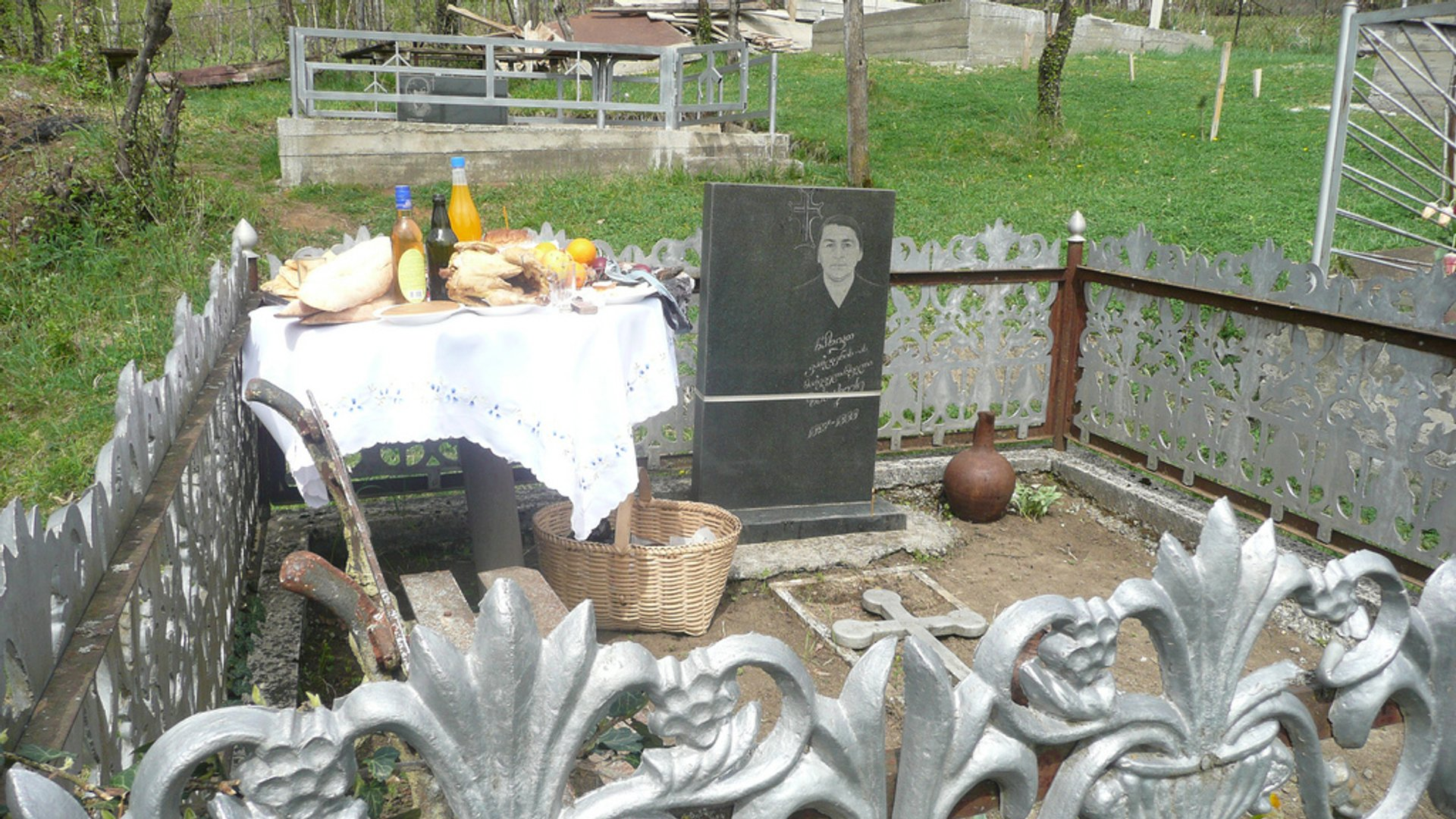 Dining with the Dead: Georgian Families' Graveyard Feasts in Georgia - Best Season 2020