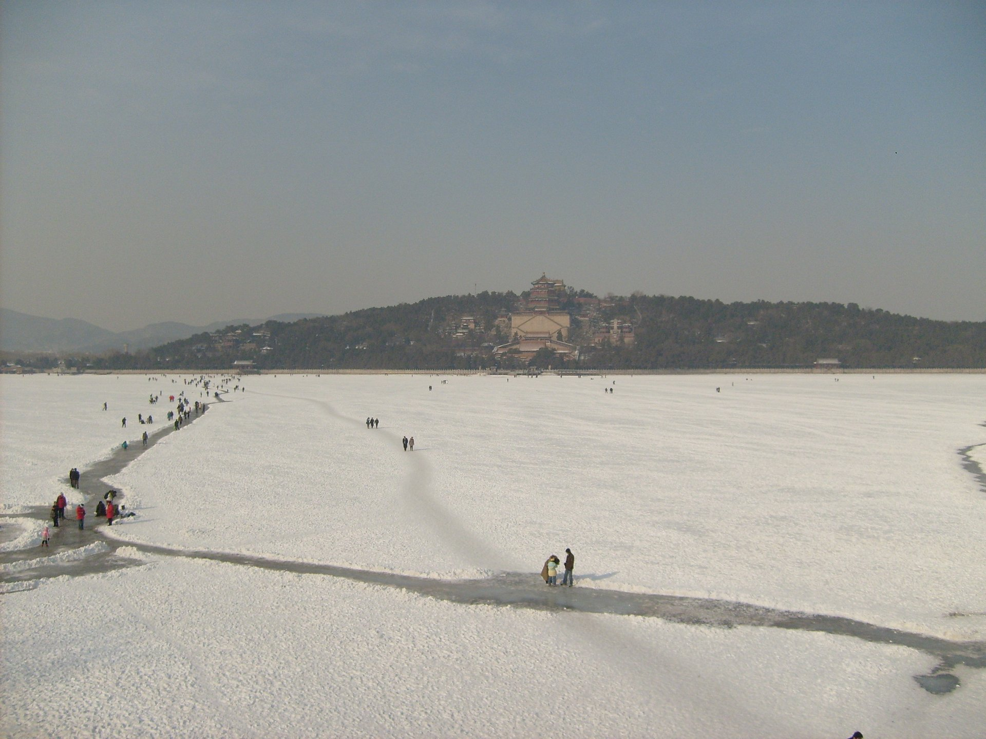 Kunming Lake Skate Rink in front of the Summer Palace in Beijing 2020