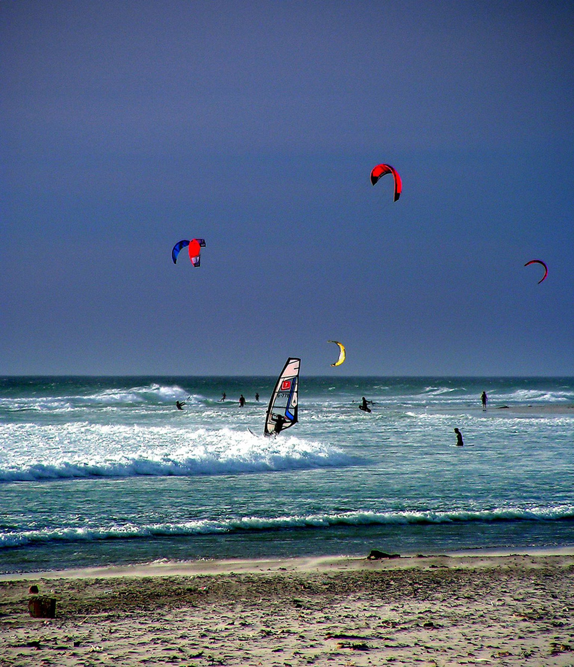 Perfect Kitesufring in Cape Town - Best Season 2019