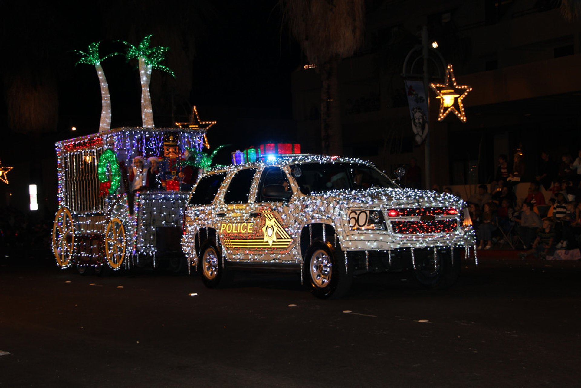 Palm Springs Festival of Lights Parade in California 2020 - Best Time