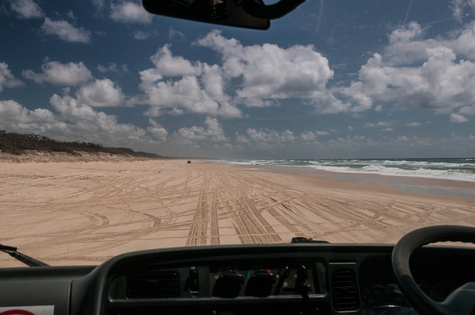 75 Mile Beach Road in Australia - Best Season 2019