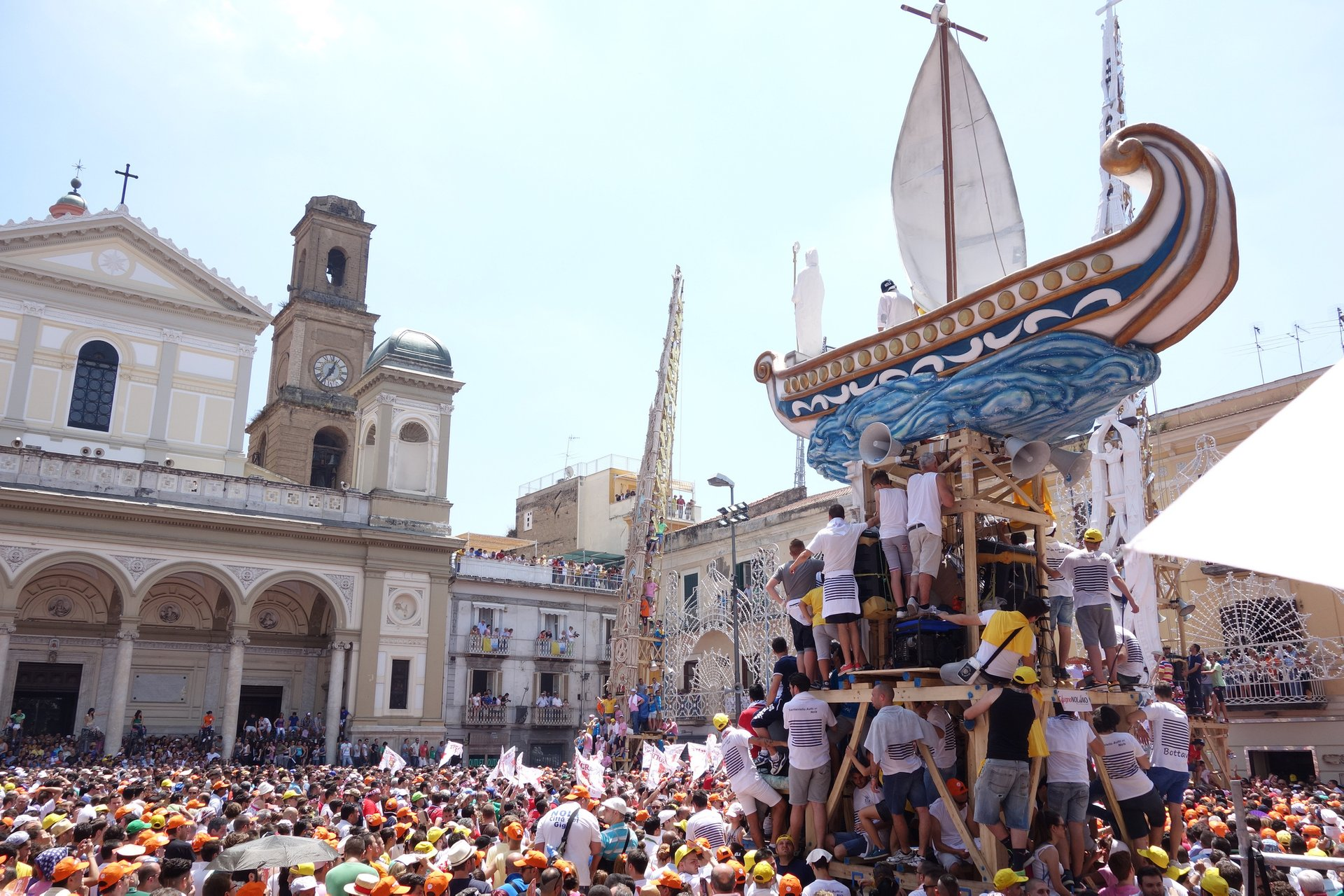Best time for Festa dei Gigli in Nola in Naples and Pompeii 2019
