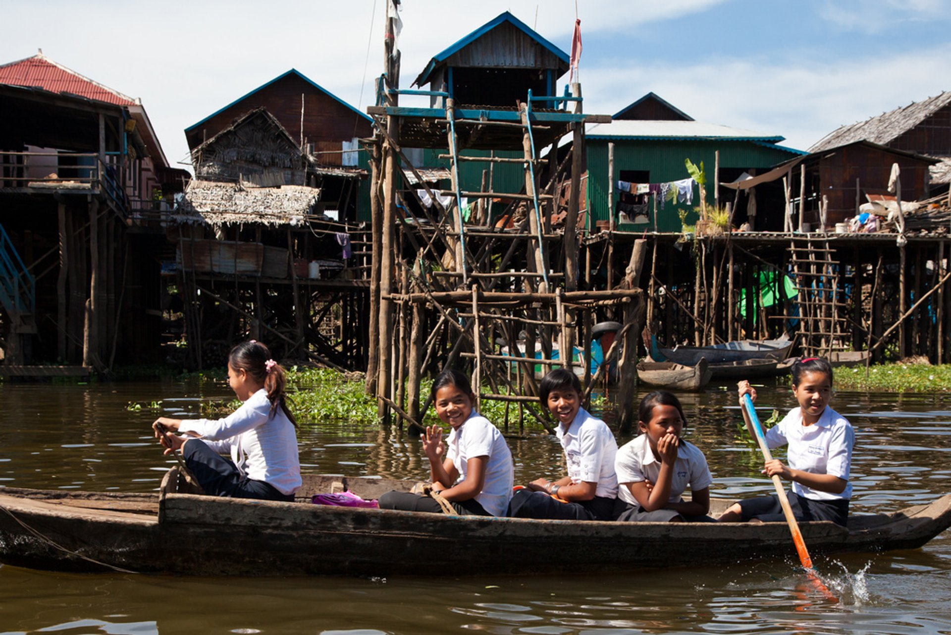 Best time to see Kampong Phluk Floating Village in Cambodia 2019