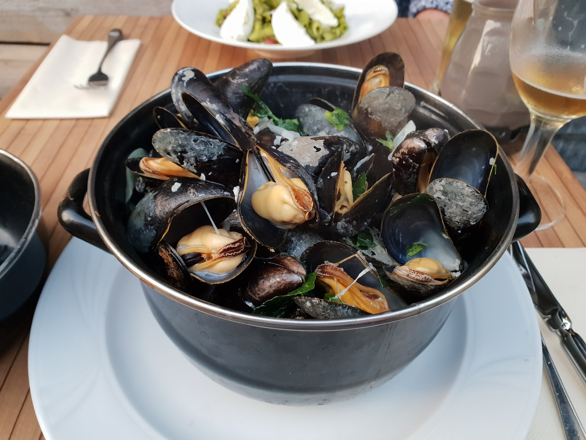 Best time for Moules Frites (Mosselen met Friet) in Belgium 2020