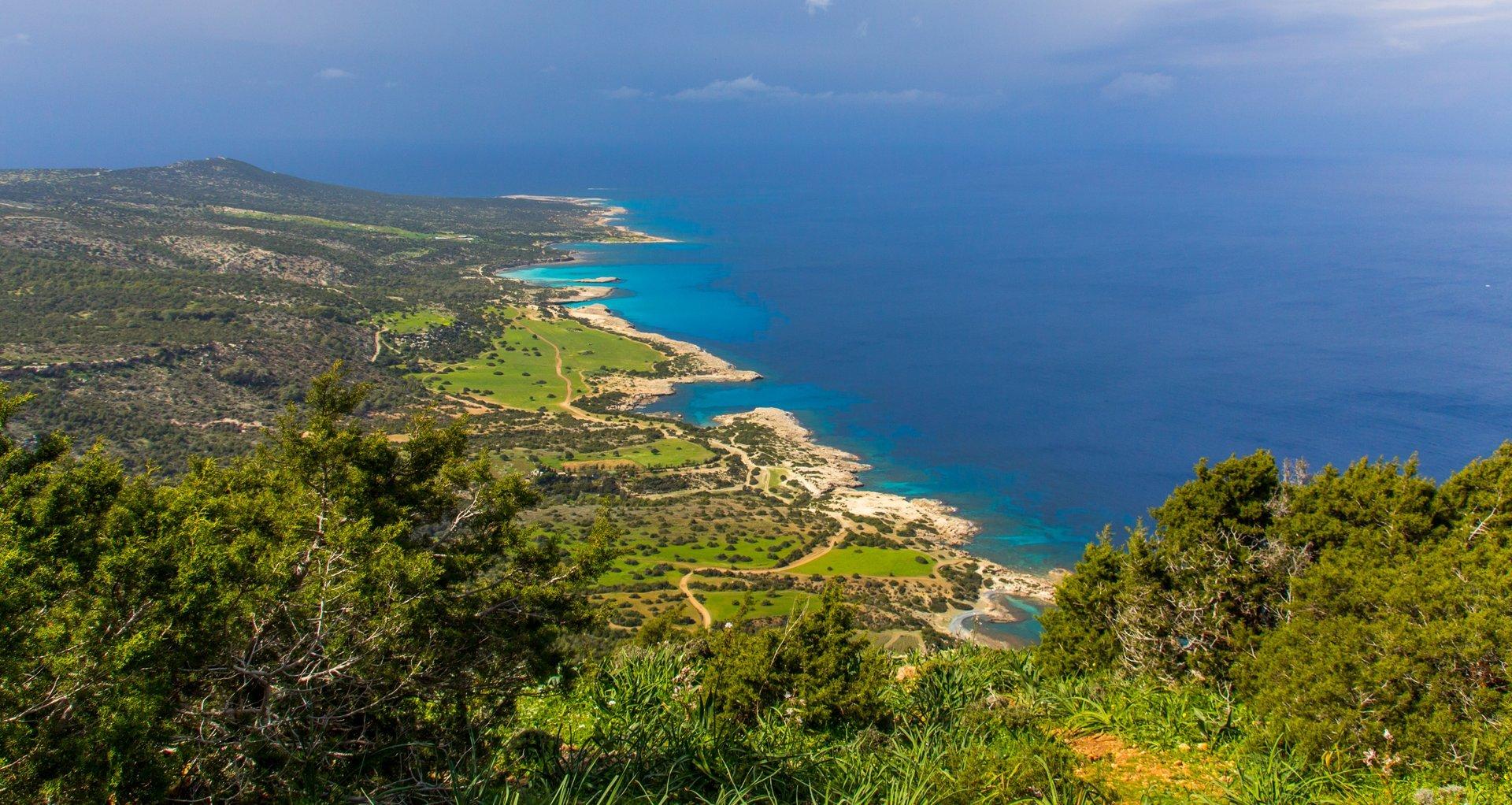 Aphrodite Trail Abloom in Cyprus - Best Season