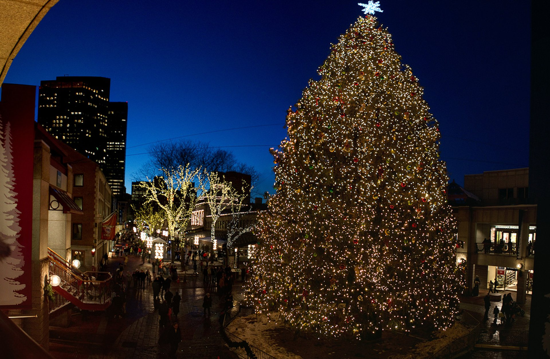 Boston Christmas Lights.Christmas Lights 2019 2020 In Boston Dates Map