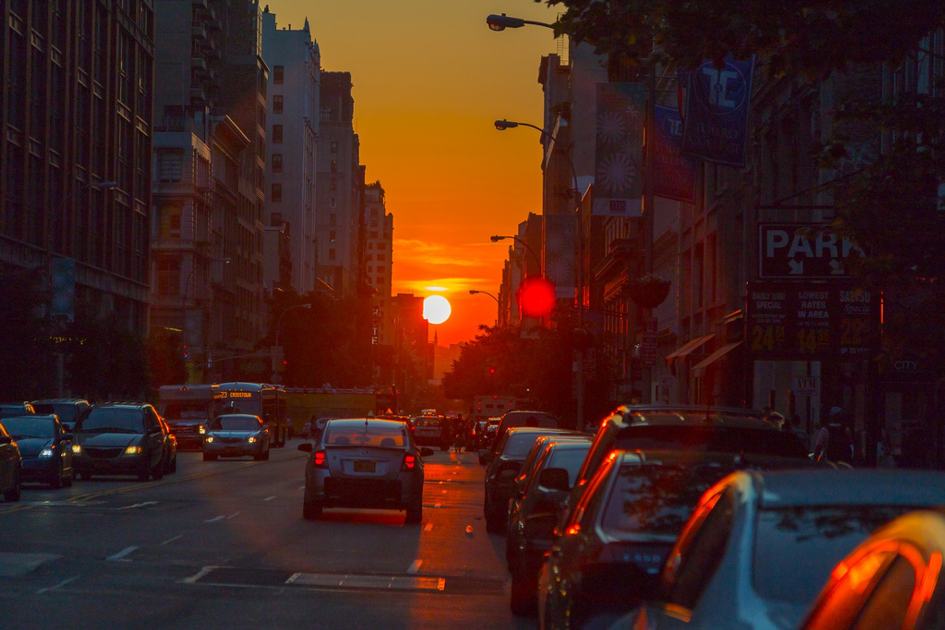 Manhattanhenge in New York - Best Time