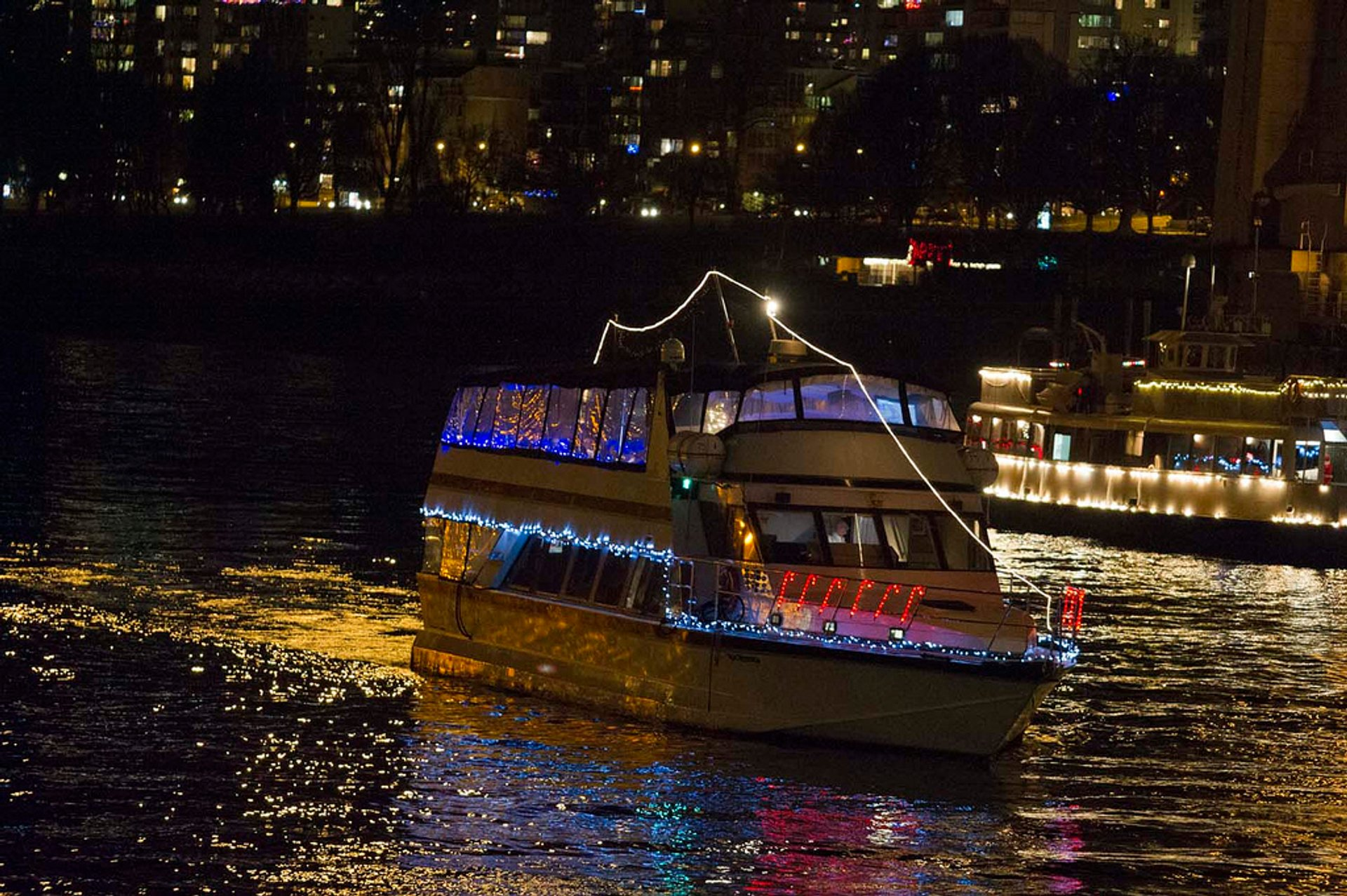Carol Ships Parade of Lights in Vancouver - Best Season 2019