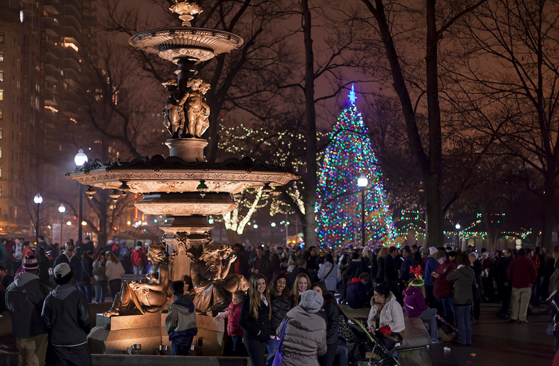 Boston Christmas Lights.Christmas Tree Lighting 2019 In Boston Dates Map