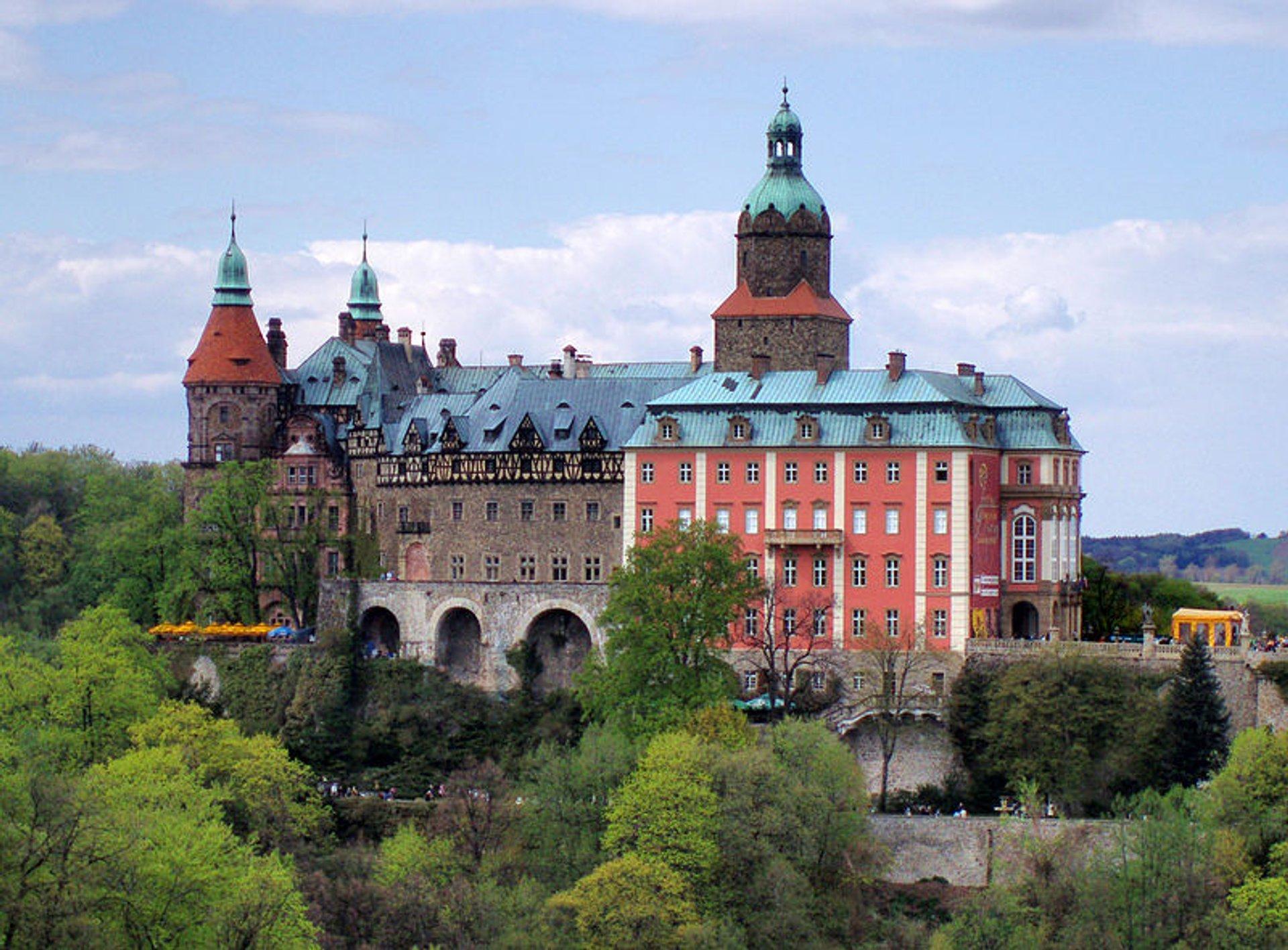 Best time to see Książ Castle (Zamek Książ) in Poland 2020