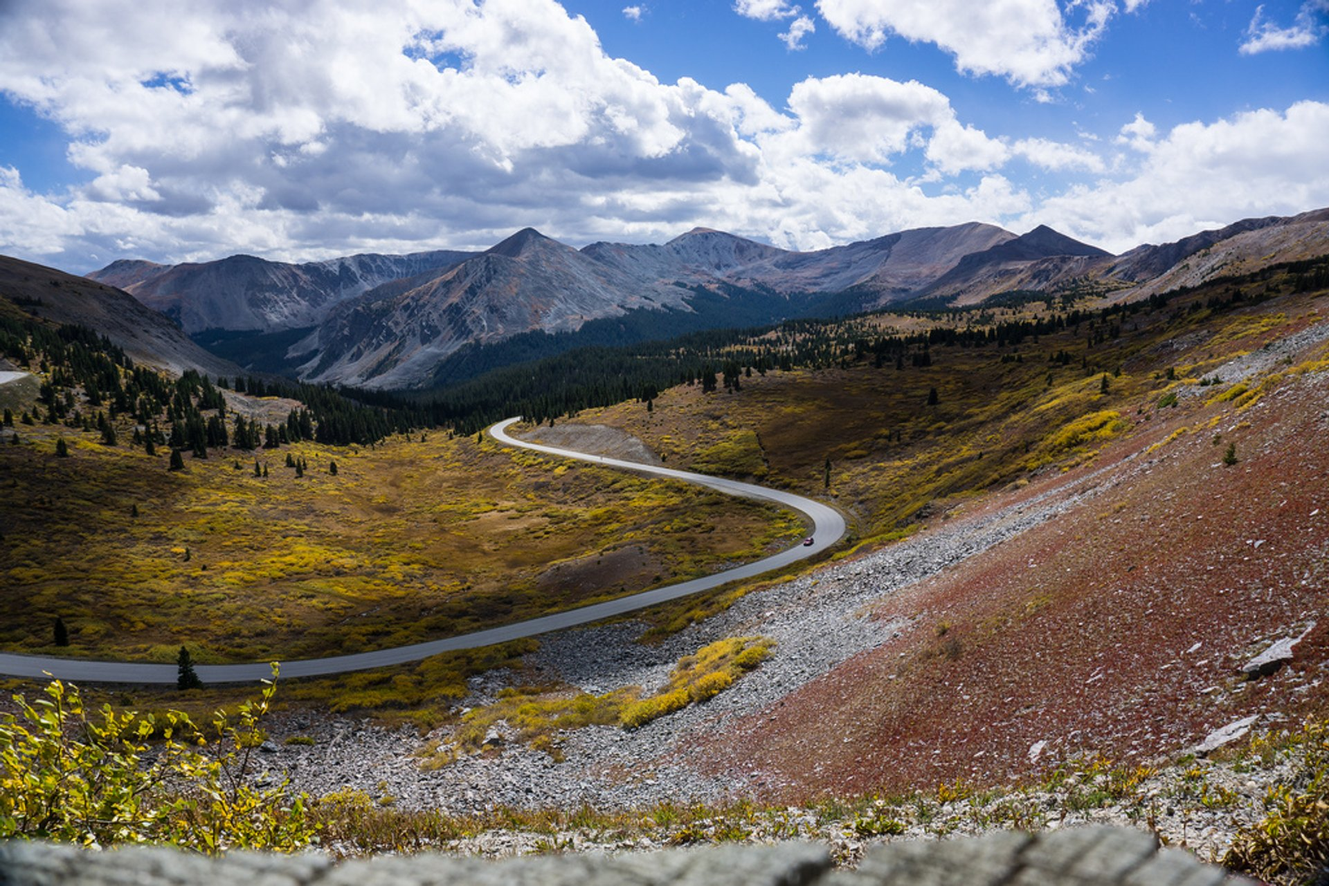Cottonwood Pass Road in Colorado - Best Season 2019