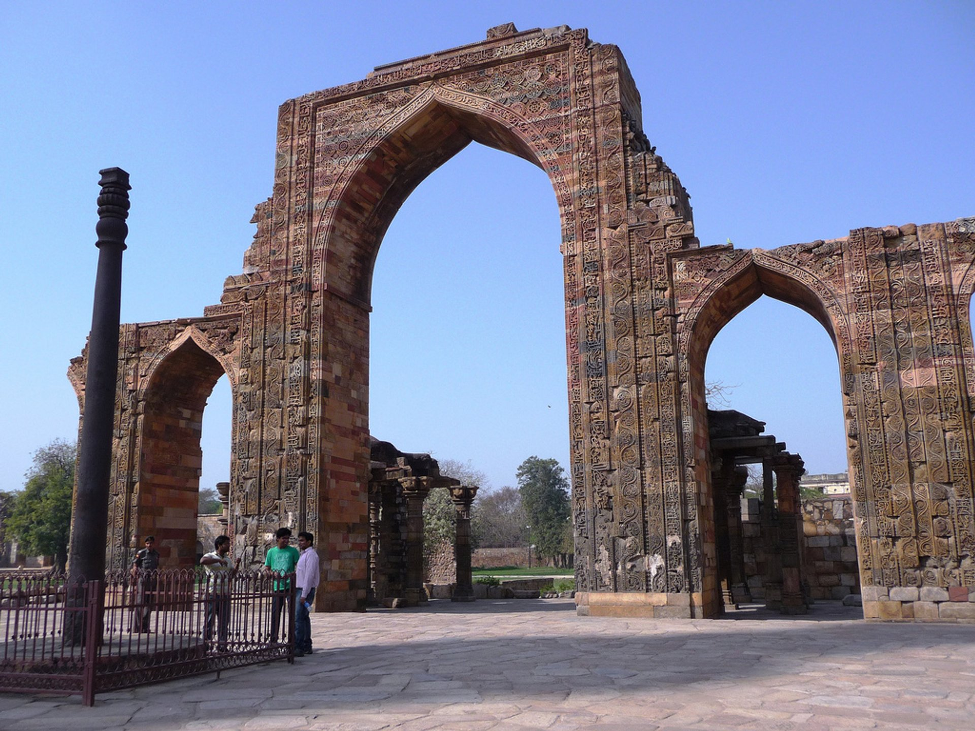 Iron Pillar of Delhi in India - Best Season 2020