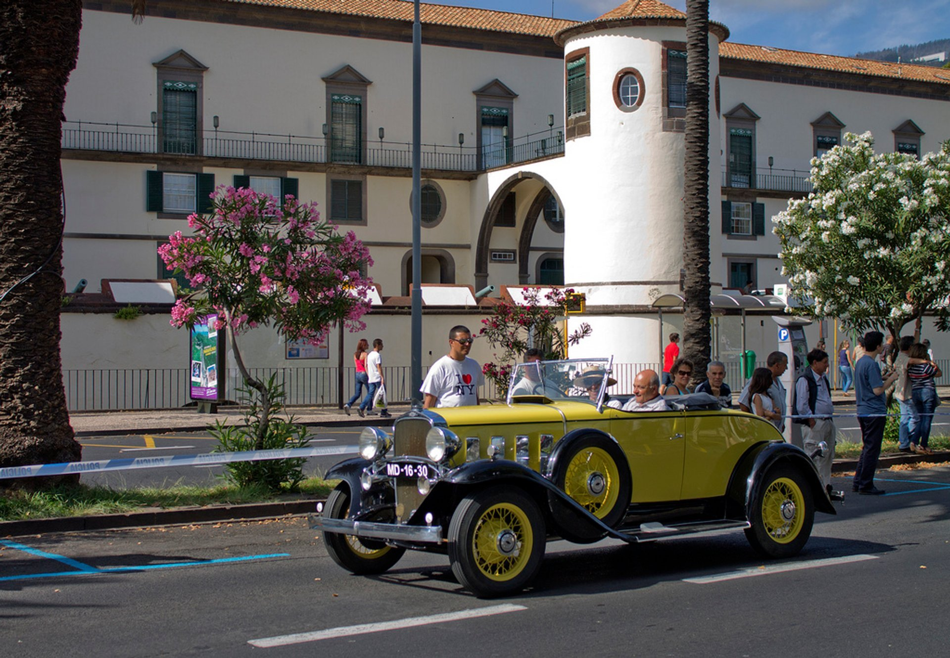 Funchal Classic Car Exhibition in Madeira - Best Season 2019