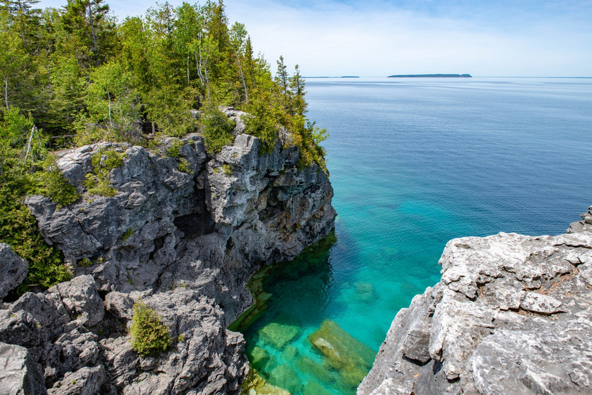 The Grotto's Shoreline, Bruce Peninsula National Park 2020