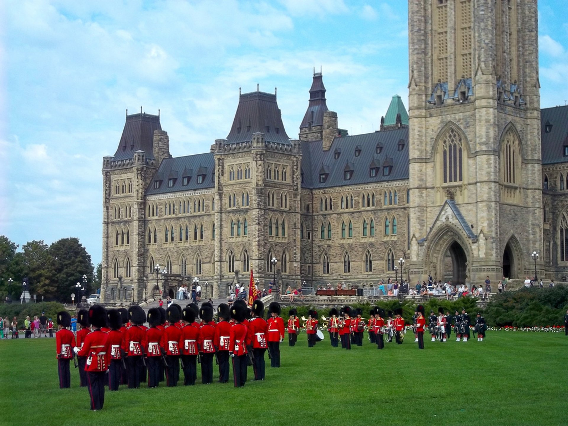 Changing of the Guard Ceremony in Ottawa - Best Season 2020
