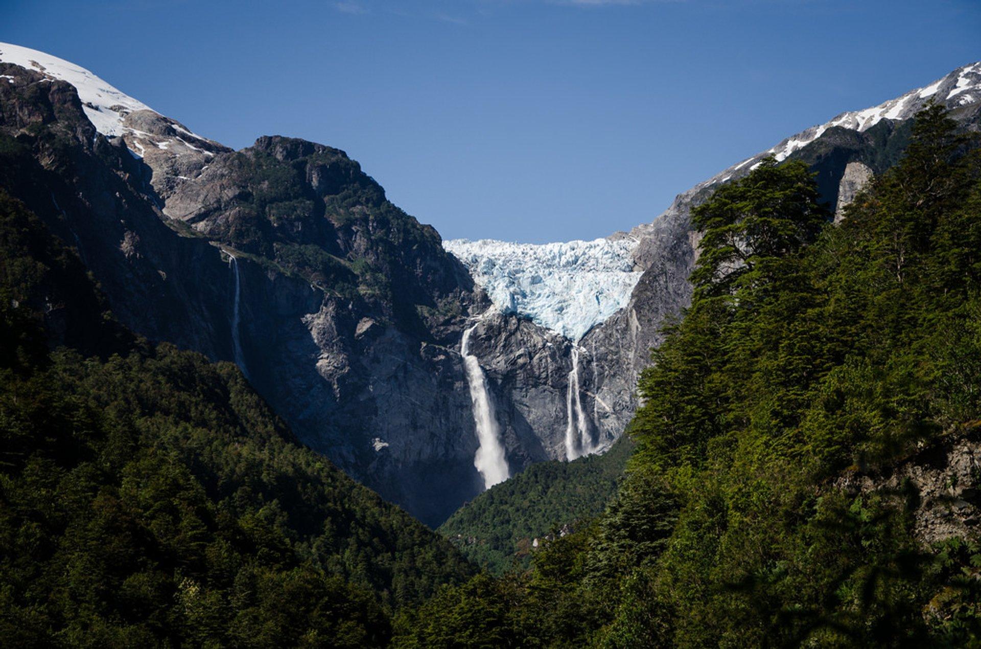 Cascada de Ventisquero Colgante in Chile 2019 - Best Time