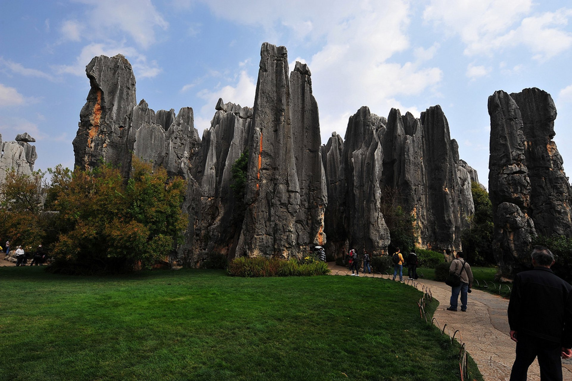 Best time for Shilin Stone Forest in China 2020