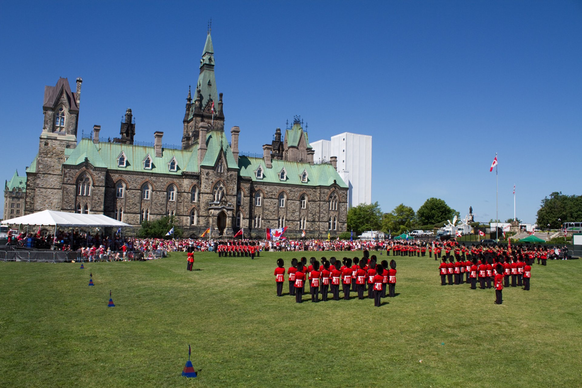 Changing of the Guard Ceremony in Ottawa 2019 - Best Time