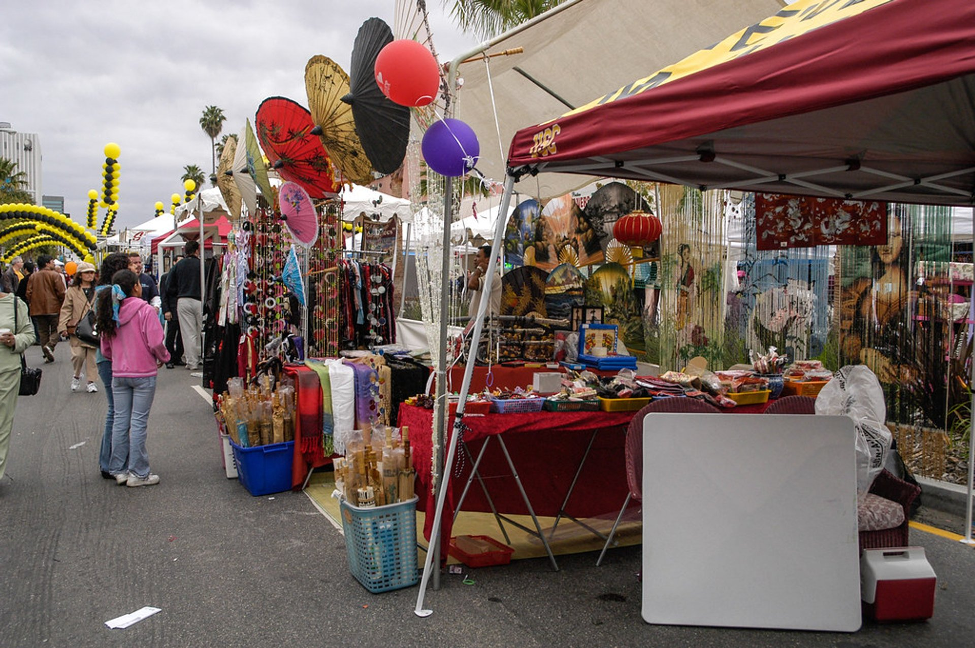 Sherman Oaks Street Fair in Los Angeles - Best Season 2020